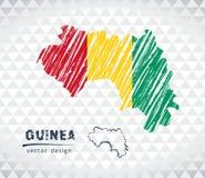 Carte de vecteur de la Guinée avec l'intérieur de drapeau d'isolement sur un fond blanc Illustration tirée par la main de craie d illustration de vecteur