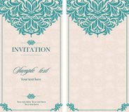 Carte de vintage d'invitation de mariage avec les éléments décoratifs floraux et antiques Image stock