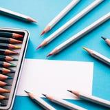 Carte de visite professionnelle de visite de peintre et de crayons Photographie stock