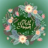 Carte de voeux avec la guirlande florale et bonjour lettrage impétueux de stylo d'été illustration de vecteur
