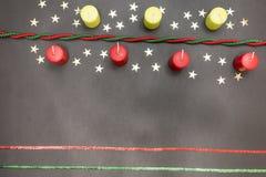 Carte de voeux avec Noël et la bonne année de partie de décoration le Joyeux Photos stock