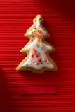 Carte de voeux avec une photo d'un arbre de Noël de biscuit Photographie stock