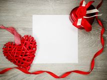 Carte de voeux de coeur de concept de vacances d'amour de jour du ` s de Valentine Photo libre de droits