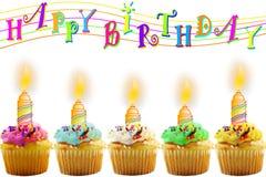 Carte de voeux d'anniversaire avec le petit gâteau et la bougie Photographie stock libre de droits
