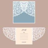 Carte de voeux d'invitation ou de mariage avec l'ornement abstrait Calibre d'enveloppe de vecteur pour la coupe de laser Carte de Image stock