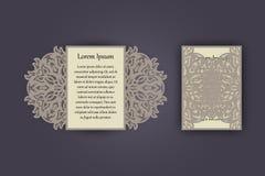 Carte de voeux d'invitation ou de mariage avec l'ornement de dentelle de vintage Maquette pour la coupe de laser Illustration de  Photographie stock