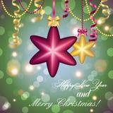 Carte de voeux d'an neuf Boule de Noël avec l'arc et le ruban Photographie stock libre de droits