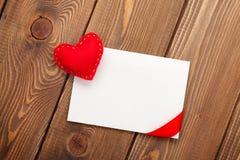 Carte de voeux de cadre ou de photo et jouet handmaded de jour de valentines il Photo stock