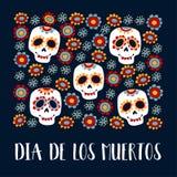 Carte de voeux de Dia de Los Muertos, invitation Jour mexicain des morts Crânes ornementaux de sucre, fleurs Tiré par la main Photographie stock libre de droits