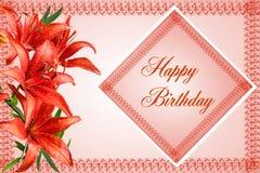 Carte de voeux de joyeux anniversaire avec les lis rouges Photographie stock