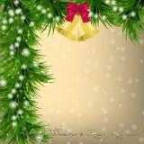 Carte de voeux de Noël avec des brindilles et des tintements du carillon de sapin Photo libre de droits