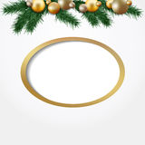 Carte de voeux de Noël, guirlande des brindilles de sapin, boules d'or Images libres de droits