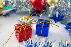 Carte de voeux de Noël ou calibre saisonnière de bannière Décor de pétillement Photographie stock libre de droits