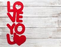 Carte de voeux de jour de valentines avec amour vous mots Images stock