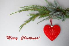 Carte de voeux de Joyeux Noël avec le coeur image libre de droits