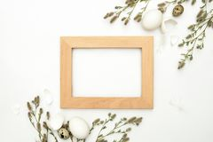 Carte de voeux de Pâques ou calibre d'annonce avec un espace pour un texte Photographie stock libre de droits