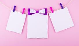 Carte de voeux trois sur le fond rose L'amour, mariage, rêve le thème Image libre de droits