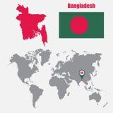 Carte du Bangladesh sur une carte du monde avec l'indicateur de drapeau et de carte Illustration de vecteur Photos stock