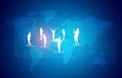 Carte du monde avec des gens d'affaires de silhouettes Images stock