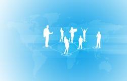 Carte du monde avec des gens d'affaires de silhouettes Photo libre de droits