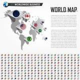 Carte du monde de perspective et goupille d'emplacement de navigateur de GPS avec tous les éléments nationaux de drapeau de pays  Photo libre de droits