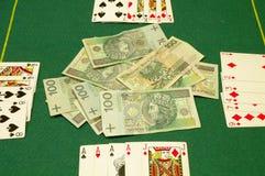 Carte e contanti della mazza Fotografia Stock Libera da Diritti