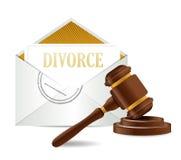Carte e martelletto del documento del decreto di divorzio Immagini Stock