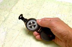 Carte et compas de Topo Photos libres de droits