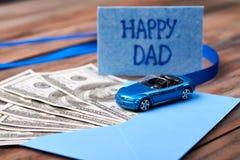 Carte et voiture heureuses du ` s de papa Photo libre de droits