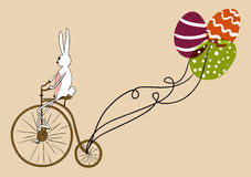Carte faisante du vélo de lapin de Pâques de cru
