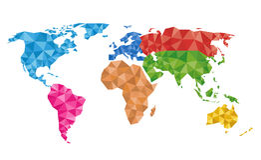 Carte géométrique colorée du monde Photos stock