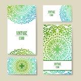 Carte graphique d'invitation avec le mandala Ornement décoratif pour le design de carte : épouser, bithday, partie, saluant cru Photo stock