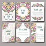 Carte graphique d'invitation avec le mandala Ornement décoratif pour le design de carte : épouser, bithday, partie, saluant Elem  Photographie stock