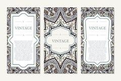 Carte graphique d'invitation avec le mandala Ornement décoratif pour le mariage de design de carte, bithday, partie, salutation c Images stock