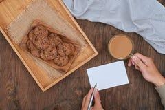 Carte heureuse de jour de Valentineâs Biscuits de chocolats sucrés Concept Image libre de droits