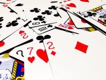 Carte jouante malpropre avec le fond blanc Photo libre de droits