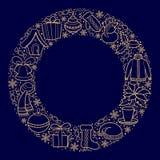 Carte ou bannière de Noël avec des icônes de vacances sur un cadre rond Silhouettes d'or d'un bonhomme de neige, chapeau de Santa Photo libre de droits