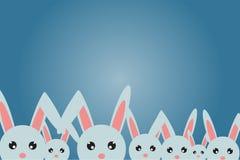 Carte postale à Joyeuses Pâques, beaucoup de lapins heureusement Photo libre de droits