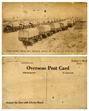 Carte postale d'outre-mer d'armée avec le convoi de camions Photographie stock libre de droits
