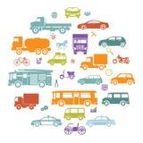 Carte ronde avec de rétros symboles de transport d'icônes de silhouette de voitures plates et de véhicules   Image stock