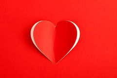 Carte rouge d'autocollant de papier de coeur Photo stock