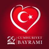 Carte rouge d'ekim de Cumhuriyet Bayrami 29, emblème de coeur dans des couleurs de drapeau national Photos stock