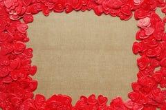 Carte rouge de cadre de frontière de coeurs d'amour Image stock