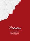 Carte rouge de Valentine avec les coeurs blancs Photo libre de droits