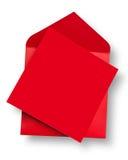 Carte rouge et enveloppe. Photos libres de droits