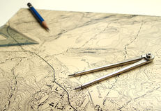 Carte topographique avec le crayon Photographie stock