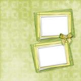 Carte verte pour l'invitation ou la félicitation avec le cadre Image libre de droits