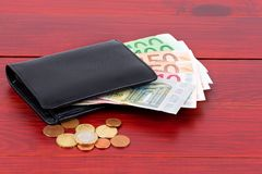 Carteira com dinheiro europeu Fotos de Stock