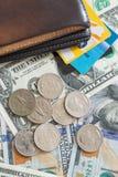 Carteira dos cartões de crédito das notas de dólar dos E.U. Imagem de Stock Royalty Free