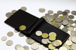 Carteira e moedas imagem de stock royalty free